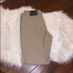 NWT Nike Regular Dri-Fit Golf Shorts Beige Size 6